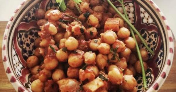 Curry di ceci con gram masala, cumino e curcuma