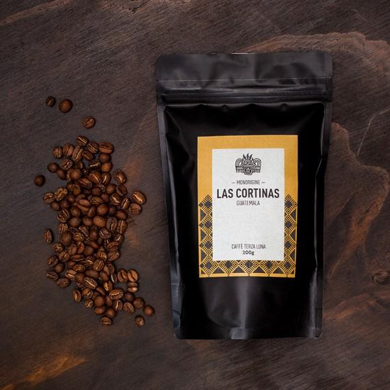 Caffè Monorigine Guatemala, Las cortinas
