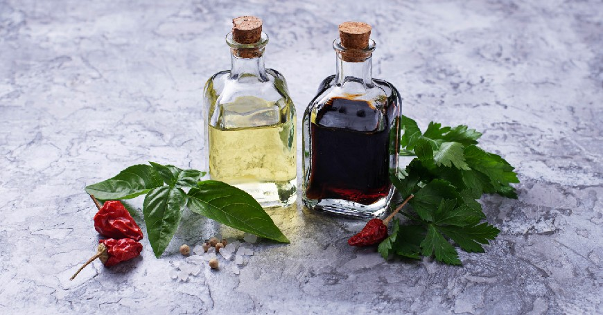 aceto aromatizzato fatto in casa