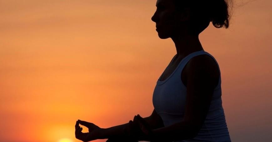 rimedi menopausa yoga