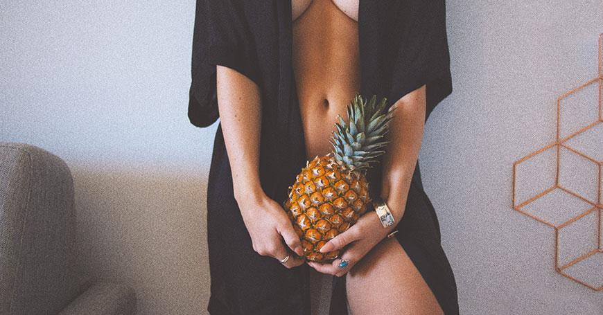 ananas come metafora di erbe afrodisiache per donne