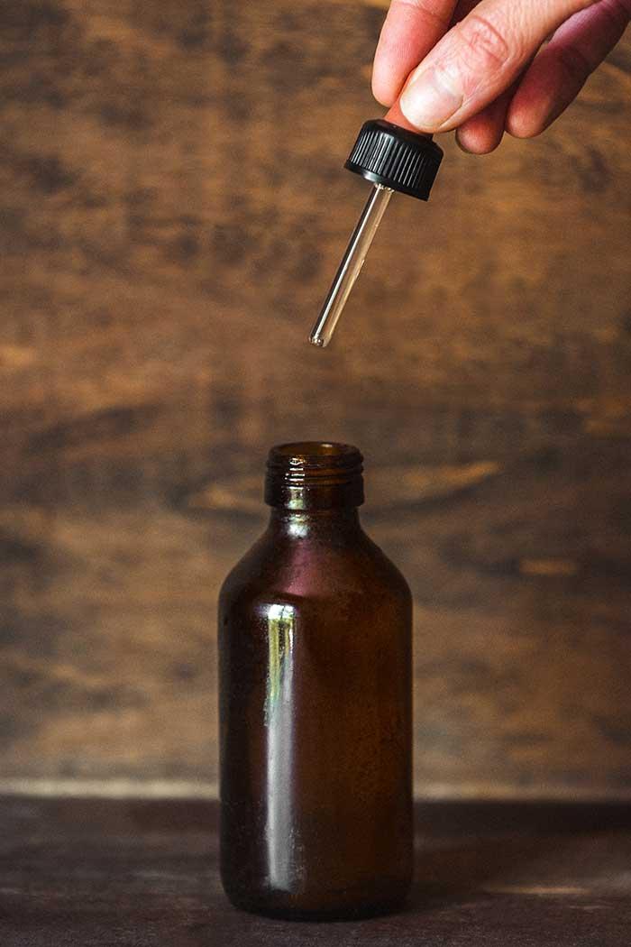olio alle mandorle per preparare la pelle al sole
